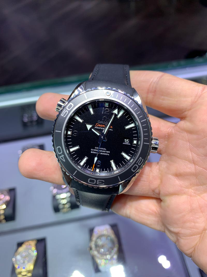 omega seamaster planet ocean review