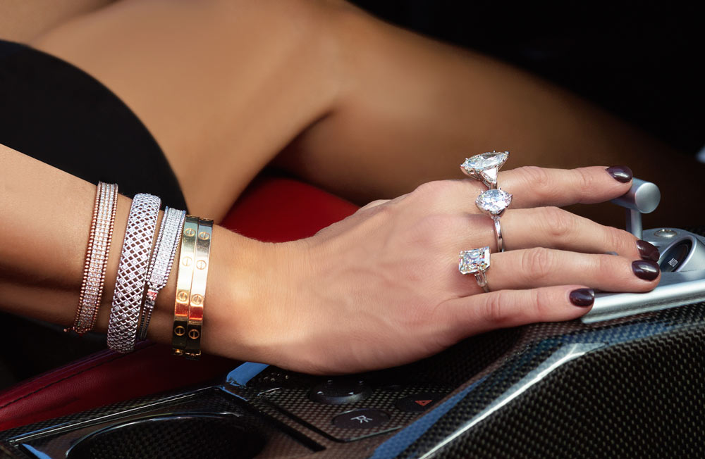 stacking jewelry styling tips