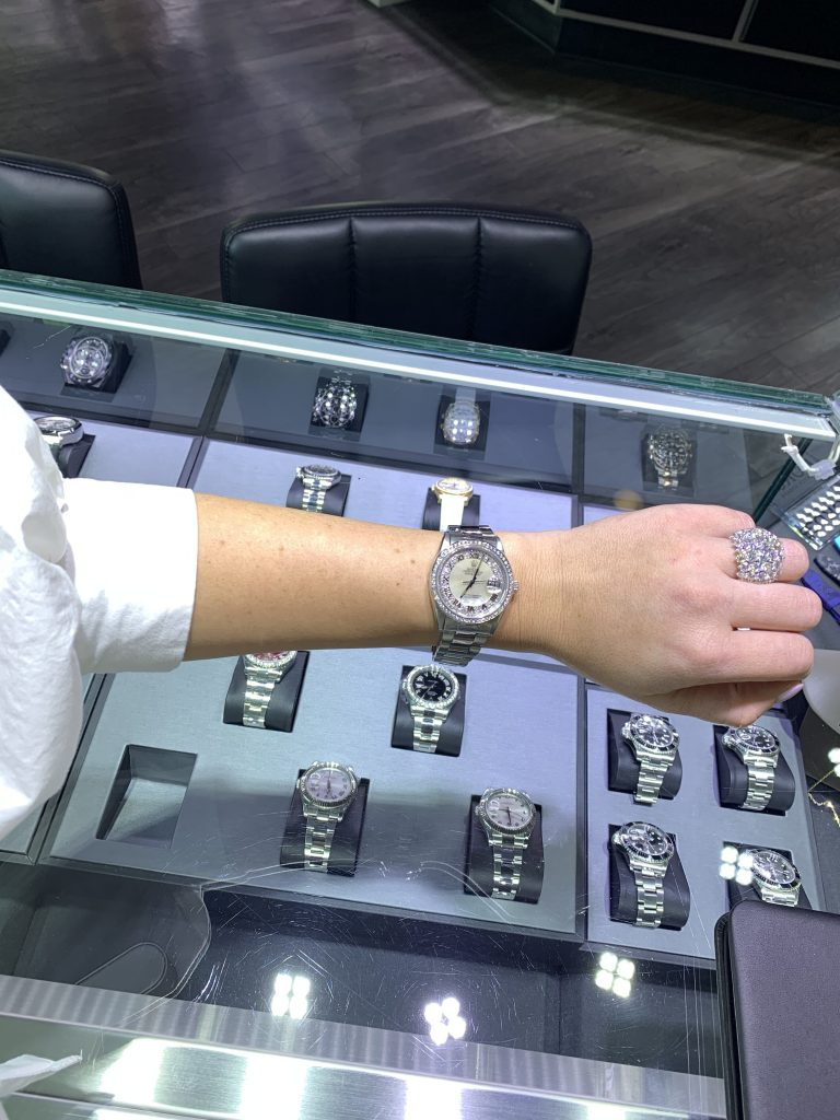 great prices on rolex watches display case