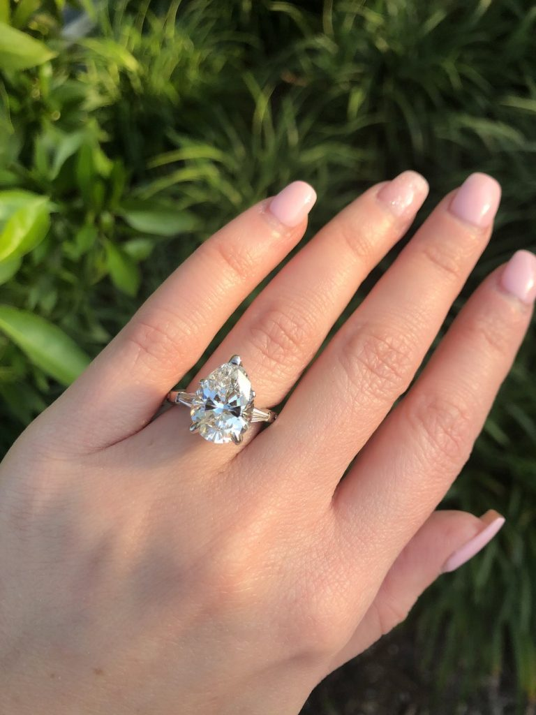 are pear engagement rings popular