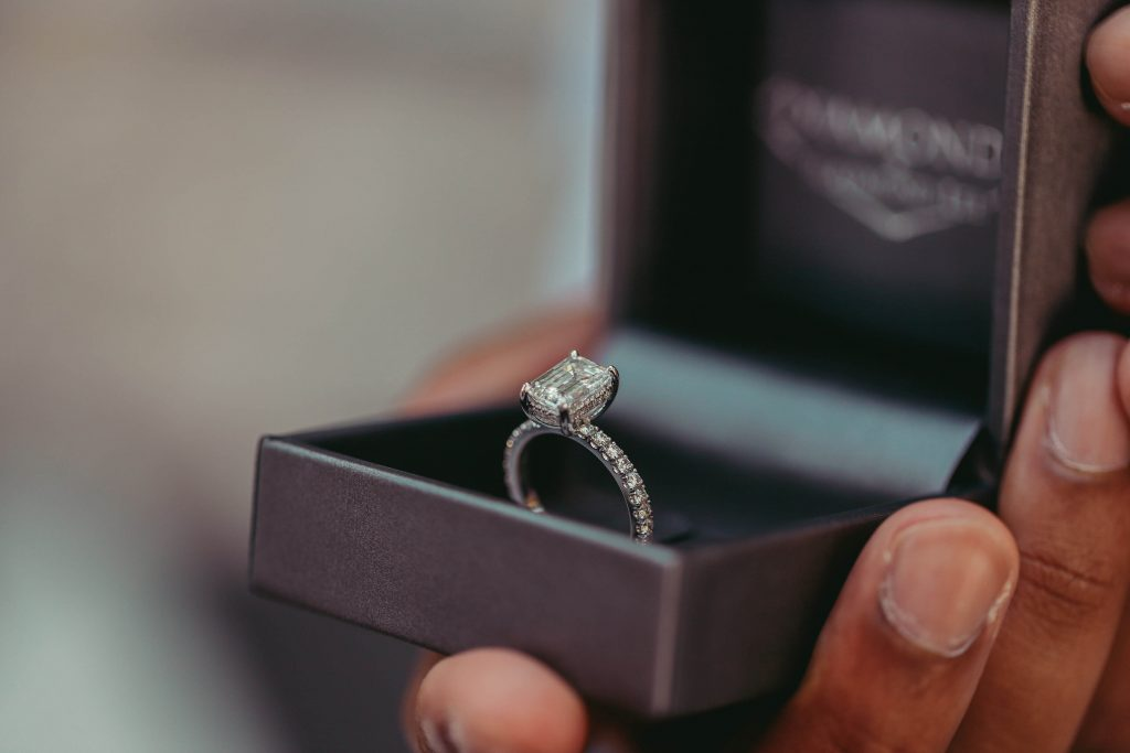 second hand engagement ring