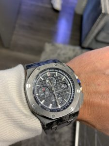 pros and cons of used luxury watches
