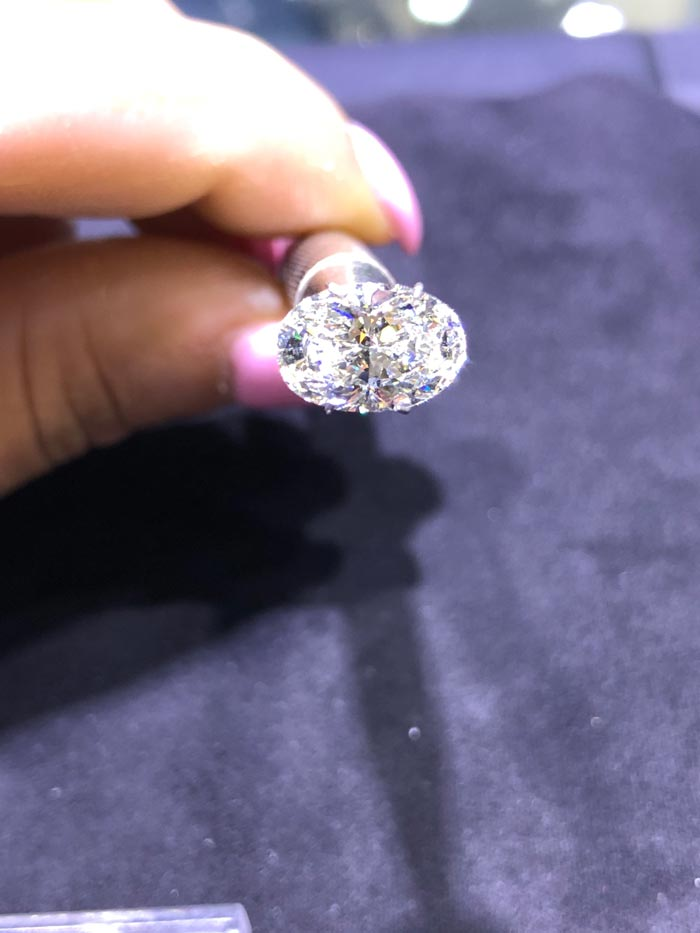 tips for buying oval diamond rings