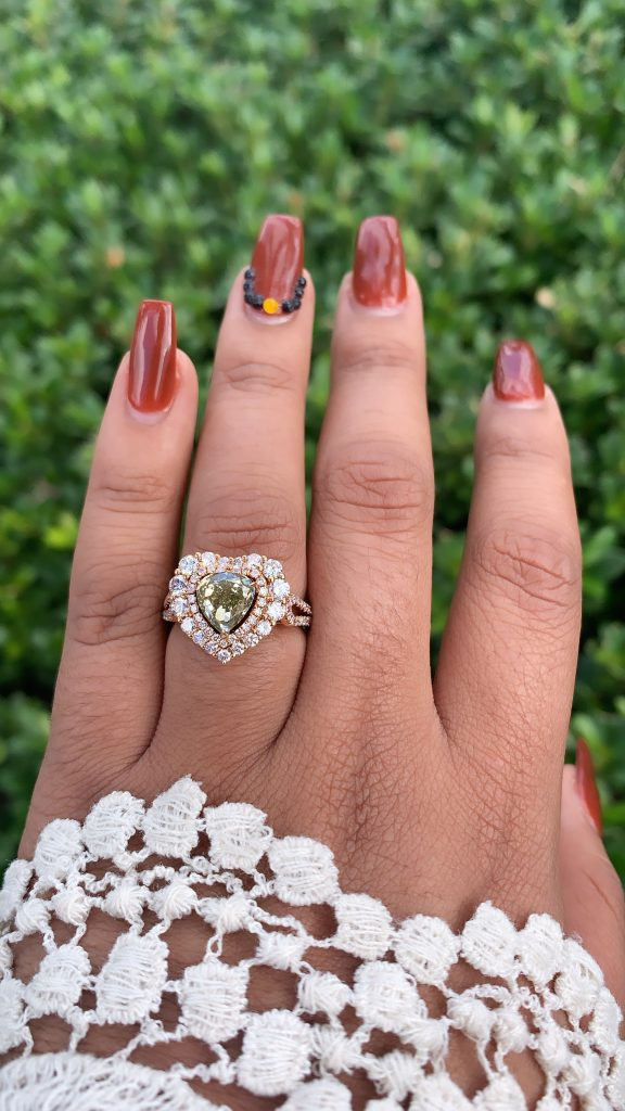 ring worn in front of jewelry store in boca raton