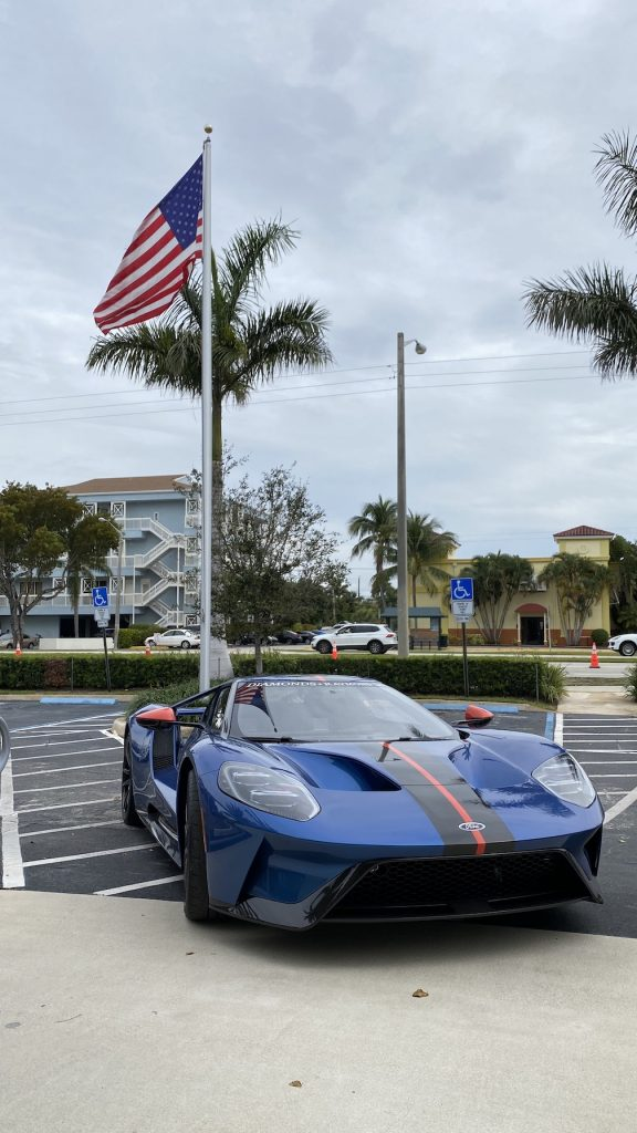 blue 2019 ford gt carbon edition