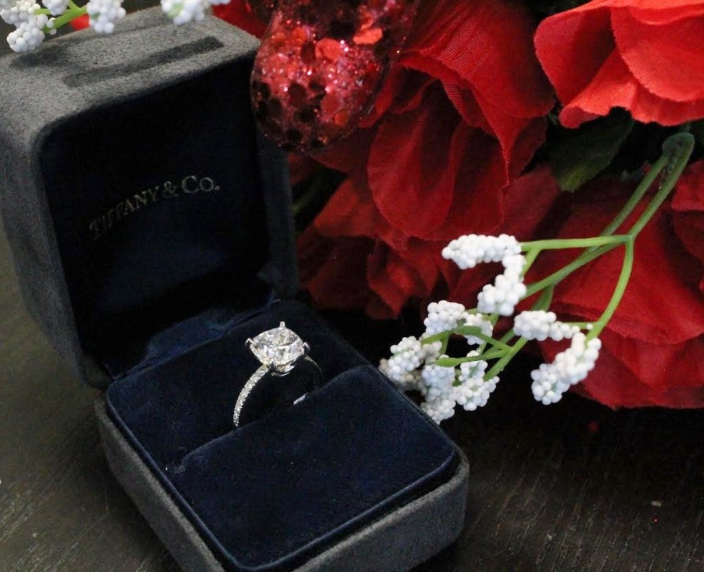 Tiffany & Co  diamond engagement ring solitaire ring in box