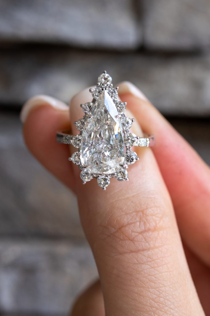 ways to make an engagement ring unique