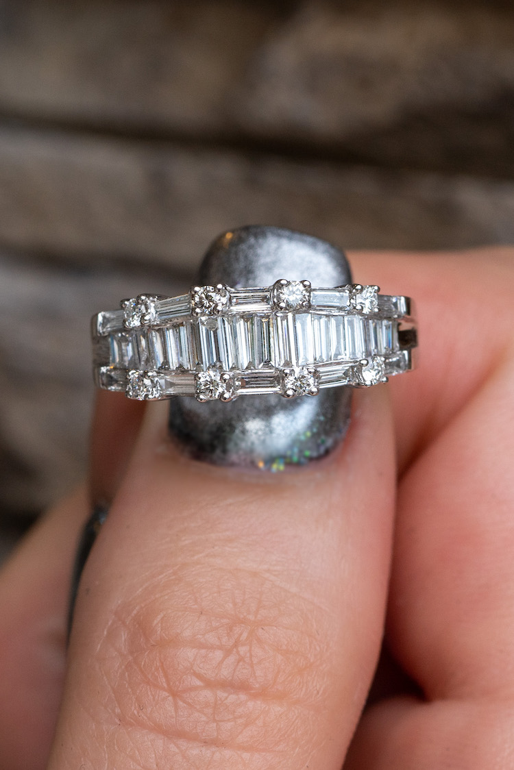 Baguette diamond bands