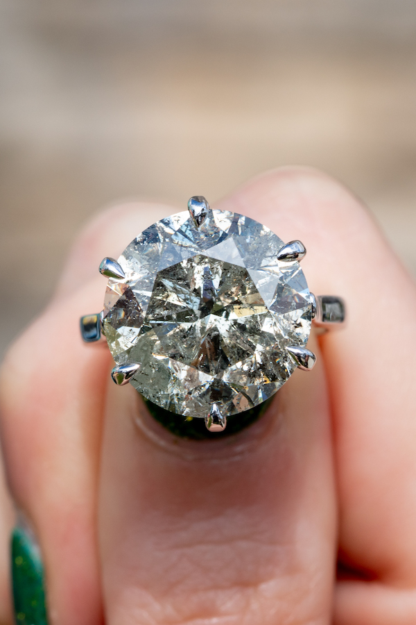 investment engagement rings